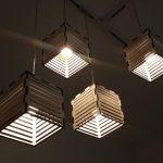 גופי תאורה מעוצבים - גופי תאורה תלויים - דגם פסי עץ ארבעה